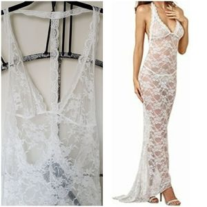 Long white lace nightgown with train
